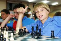 Thumbs-Up for Chess Team